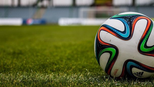 Futbal – muži – vonku 14:00