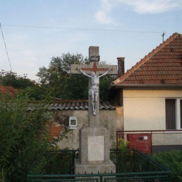 Farský kostol a cirkevné pamiatky